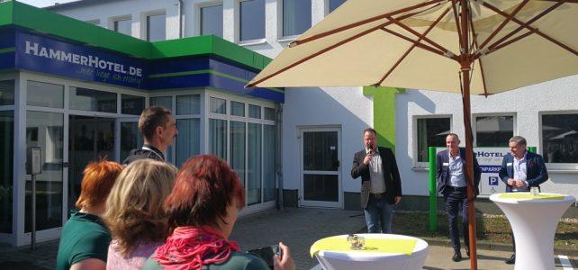 Eröffnung Hammerhotel in der südlichen Neustadt