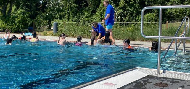 Wir lernen schwimmen